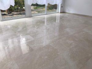Marmeren vloer reinigen en polijsten